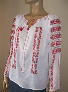 Marion Ravenwood , Indiana Jones hand embroidered blouse
