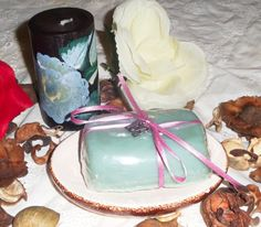 Spa gift set; St. Patrick day gift; Lavender scented spa soap; Vitamin E Moisturizing soap; Sea Green glycerin soap; Hand painted Candle