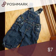 Baby boy old navy overalls size 3-6 months Dark wash denim overalls Old Navy Bottoms Overalls