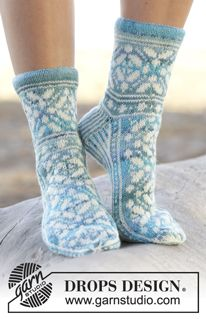 "Ice Magic - Knitted DROPS socks with Norwegian pattern in ""Fabel"". Size 35 - 43 - Free pattern by DROPS Design Lace Socks, Crochet Socks, Knitted Slippers, Wool Socks, Knit Crochet, Knit Lace, Fair Isle Knitting, Lace Knitting, Knitting Socks"