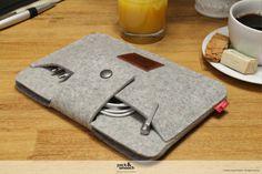 iPad mini Retina sleeve, case, cover 100% Merino wool felt Lleyn IPS-LM-GLB