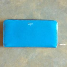 Fossil Clutch Wallet **LOWEST PRICE I CAN AFFORD** Bright blue clutch style wallet with two zipper pockets and 12 card slots Fossil Bags Clutches & Wristlets