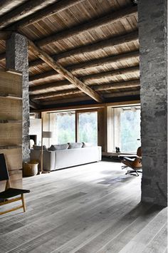 A stone house with a soul: When the architect Carlos Nicolau, there almost three yearshas visited this old stone house in the Pyrenees, the wind was howling on every side.