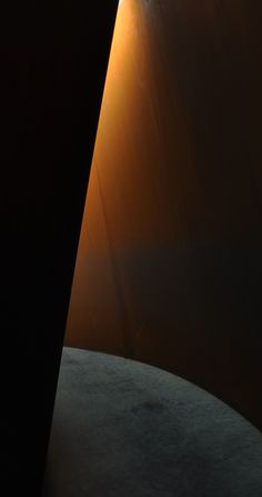 Richard Sera at Dia: Beacon Art Sculpture, Abstract Sculpture, Bronze Sculpture, Metal Sculptures, Richard Serra, Corten Steel, Land Art, Art Plastique, Light And Shadow