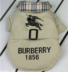 WINTER SALE For the one whom wants to show off their lives one in British style - comes in tan and XL size Burberry Other Boy Dog Clothes, Free Clothes, Dog Clothing, China Clothing, Clothing Storage, Small Dog Coats, Yorky, Designer Dog Clothes, Dog Jacket