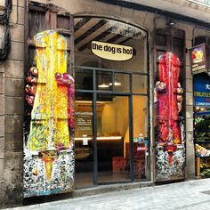 THE DOG IS HOT - Barcelona