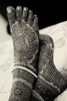 Mehendhi Henna Designs Feet, Bridal Mehndi Designs, Bridal Henna, Mehandi Designs, Mehendi, Mehandi Henna, Henna Art, Henna Tattoos, Foot Henna