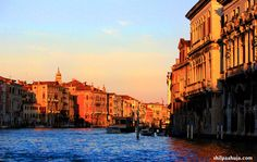 Venice Shopping Guide: Venice is a heaven for not just tourists, but for anyone who loves shopping. Its picturesque streets are lined with countless shops of souvenirs, apparel, accessories, food and wines, local and international alike.