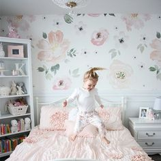 68 best Girls Bedroom Wallpaper images | Girls bedroom wallpaper ...