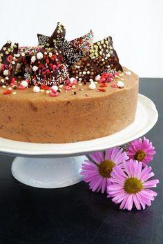 Rumos-vaníliás gesztenyetorta Hungarian Food, Hungarian Recipes, Let Them Eat Cake, Clever, Cupcakes, Christmas, Xmas, Cupcake Cakes, Hungarian Cuisine