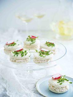 Een overheerlijke macaron met noordzeekrab, die maak je met dit recept. Smakelijk!