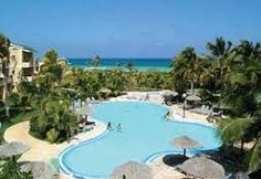 Beach Packages Sol Melia including transfer and domestic flight to Cayo Coco and Cayo Guillermo. The easy way to go to stunning beach destinations in Cuba with Sol Melia Best Travel Deals, Vacation Deals, Cayo Coco Cuba, Cuba Resorts, Cuba Travel, Beaches In The World, Destin Beach, Beach Ready, Travel With Kids