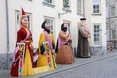 Reuzen in Breda op Bevrijdingsdag