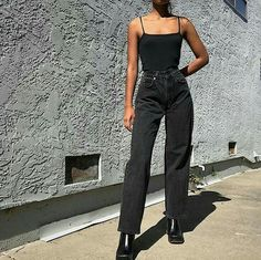 moda orange tab Levis 565 jeans available in sz No flaws except for the fade. Can probably also fit a sz 25 (SOLD) Please DM for purchasing and more info! Look Fashion, 90s Fashion, Fashion Outfits, Womens Fashion, Fashion Mode, Fall Street Fashion, Black Aesthetic Fashion, Woman Outfits, Jeans Fashion