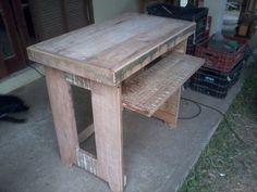 Mesa em eucalipto limao