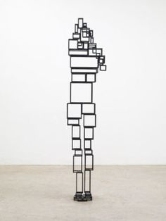 Amazing figurative sculpture by British artist Anthony Gormley.