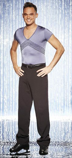 Gareth is going to be in Dancing on Ice  - Starting in January 2014
