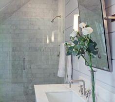 1-salle-de-bain-sous-le-toit