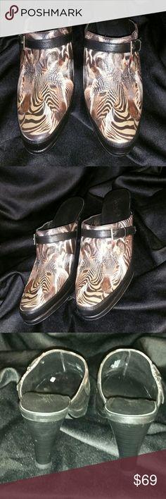 "Final price. Icon Shara Mule NIB beautiful Icon mule, approx .5""platform/3"" heel. ICON Shoes Mules & Clogs"