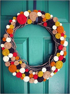 A rolled felt modern wreath Funky DIY Wreaths for the Fall Season