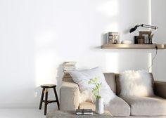 http://www.marieclairemaison.com/photo/523749/17/peinture-blanc-lacte-castorama