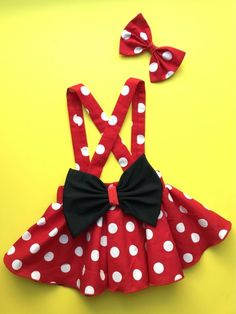Minnie Mouse birthday outfit Red Pink polka dots criss cross suspenders circle SKIRT ONLY, with a matching hairbow, Baby infant toddler girl - Babykleidung Mickey Mouse Kostüm, Dresses Kids Girl, Kids Outfits, Toddler Outfits, Minnie Mouse Birthday Outfit, Minnie Mouse Costume Toddler, Mouse Outfit, Birthday Outfits, Birthday Ideas