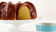 Bolo Umido de Maracujá e Castanha de Caju... Esse bolo eu já fiz e fica muito bom!!
