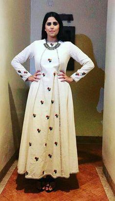 Saie Tamhankar wearing Purvi Doshi