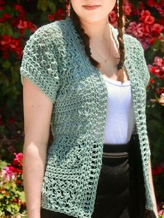 This pattern is for the Harper Cardigan. It is worked up with a DK weight yarn and a hook making the texture of the Suzette Stitch very lacy and airy. Perfect for summer! Crochet Bolero Pattern, Gilet Crochet, Crochet Coat, Crochet Shirt, Crochet Jacket, Crochet Clothes, Crochet Sweaters, Crochet Shrugs, Crochet Summer Tops