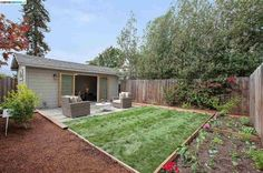 (EBRD) Sold: 2 bed, 1.5 bath, 1217 sq. ft. house located at 430 MCAULEY St, Oakland, CA 94609 sold for $1,355,000 on Oct 13, 2015. MLS# 40715748. Extraordinary Rockridge Bungalow in incredible condition. ...