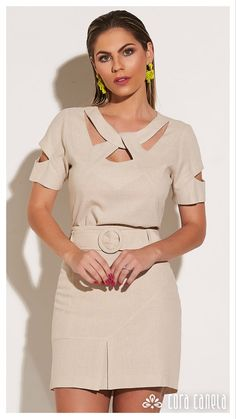 Neck Designs For Suits, Sleeves Designs For Dresses, Dress Neck Designs, Kurti Neck Designs, Blouse Designs, Stylish Dresses For Girls, Fashion Sewing, Classy Dress, Beautiful Outfits