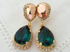 Emerald green and rose gold crystal Chandelier earrings, Bridal earring, Dangle earrings, Drop earrings, Wedding jewelry, Swarovski earrings