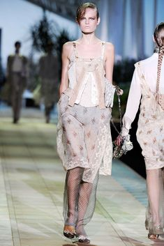 Roberto Cavalli Spring 2010 Ready-to-Wear Collection Photos - Vogue
