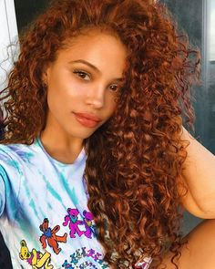 Excellent Absolutely Free Auburn Hair on black women Tips If you have considere., Excellent Absolutely Free Auburn Hair on black women Tips If you have considere., Si tu cabello ze encrespa disadvantage facilidad y. Hair Color Auburn, Auburn Hair, Gorgeous Hair Color, Cool Hair Color, Red Hair Color, Red Color, Curly Hair Styles, Natural Hair Styles, Colored Curly Hair