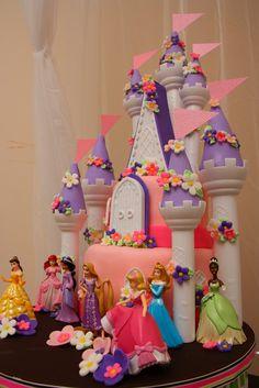 Twist 'n' Swirl: {Birthday}: Romantic Castle Cake