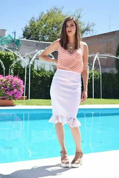 Falda blanca tubo encaje fashion designer diseño de modas