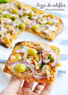 pizza de colifrlor saludable, una cena o comida perfecta, baja en carbohidratos … – Düşük karbonhidrat yemekleri – Las recetas más prácticas y fáciles Low Carb Recipes, Diet Recipes, Vegan Recipes, Vegan Food, Recipies, Calzone, Healthy Cooking, Healthy Eating, Food Porn