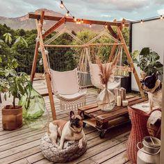 An Impartial Perspective On Boho Backyard 288 Dizzyhome com Bohemian garden, Bohemian outdoor, B Backyard Patio, Patio Stone, Flagstone Patio, Concrete Patio, Outdoor Rooms, Outdoor Decor, Rooftop Decor, Outdoor Hammock, Balkon Design