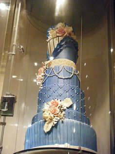 Victorian Cake by perrpam, via Flickr