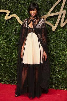 Derrapada da Semana: Naomi Campbell | Ângela Bastos