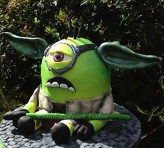 Yoda/Minion, Star Wars/Dispicable Me, cake, by Wooden Heart Cakes.