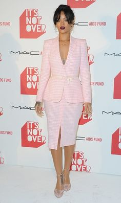 'It's Not Over' Premiere at Quixote Studios - November 18, 2014 - 00108 - Rihanna Daily Photo Gallery - 24/7 Source for Miss Rihanna