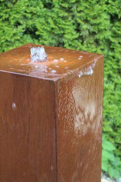 Wasserspiel Brunnen Cortenstahl Säule Wasser Im Garten | BRUNNENSCHMIEDE.DE  Http://brunnenkönig