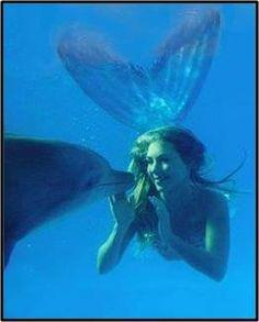 mermaid (me) and dolphin.jpg 263×327 pixels