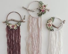 & Moss on Etsy /. -Meadow & Moss on Etsy /. - It's time to start dipping your decor in color. Learn how to make a DIY dip-dyed wall hanging, here. image 0 Branch Dreamcatcher Falcon 12 large gray and tan by BartonHollow The Eden Wall Hanging Dreamcatchers, Boho Dreamcatcher, Boho Dekor, Botanical Decor, Botanical Gardens, Diy Tumblr, Boho Wall Hanging, Ideias Diy, Dream Catcher Boho