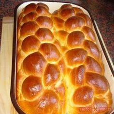 Húsvéti sós kalács Bread Recipes, Cake Recipes, Hungarian Recipes, Easter Recipes, Coffee Cake, Dinner Recipes, Food And Drink, Pizza, Sweets