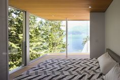 Gambier Island House by Mcfarlane Biggar Architects + Designers 08
