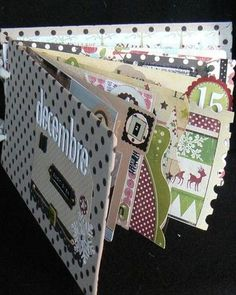 Another French blog - great ideas on how she does her December Daily.  Love the Christmas colours and patterns.    #decdailycover