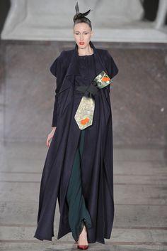 Zac Posen Fall 2012 Ready-to-Wear Fashion Show Collection