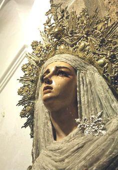 Estátuas da Virgem Maria III